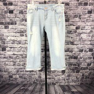 Apt. 9 Cropped Denim LightWash Distress Jeans 1315